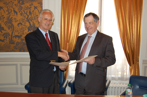 IFHA signs an official agreement with the OIE